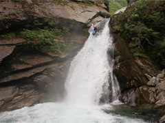 Southampton Canoes Jono dropping off a waterfall